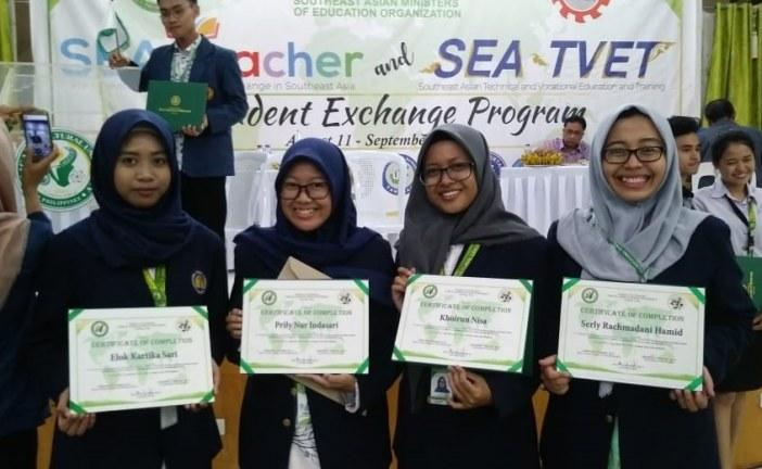 Mahasiswa UNESA Laksanakan PPL di TAU-Laboratory School, Filipina